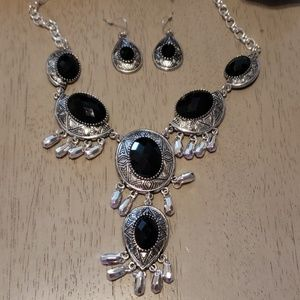 Midnight Bliss necklace and earring set